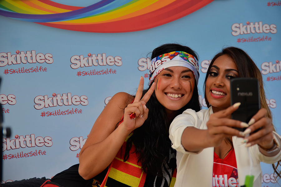 Skittles - Guiness Book of Records Selfie Challenge